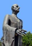 Bucharest Rumänien: detalj av den Charles de Gaulle statyn i Herast Royaltyfria Foton