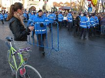 Bucharest Rumänien - protest mot presidenten Klaus Iohannis Royaltyfria Foton