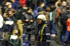 Bucharest Rumunia, Listopad, - 04, 2015: Niektóre 30.000 ludzi zbierają w ulicach kapitał Bucharest na wieczór Zdjęcie Stock