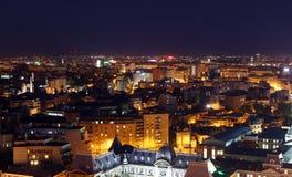 Bucharest stad vid natt royaltyfri bild