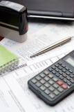 Buchhaltung-Tabellen-Einstellung stockfotos
