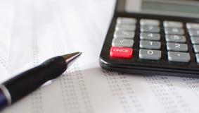Buchhaltungsdesktop Lizenzfreie Stockfotos