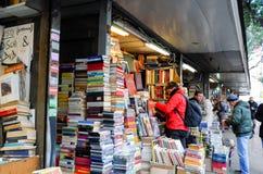 Buchhandlung und Andenken in Rom Lizenzfreies Stockfoto