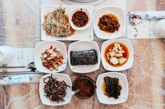 Buchimgae Pajeon Koreański blin, Kimchi i mała porcja sid, fotografia stock