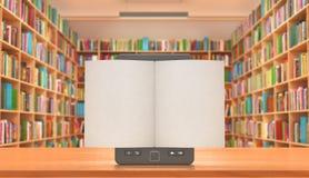 Buchladen und eBook auf dem Tisch mit white pages, illustra 3d Stockfoto