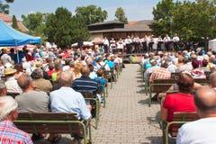 Buchlovice, República Checa, o 23 de julho de 2016: Celebração do alho Celebrações tradicionais da colheita dos fazendeiros do al Imagens de Stock Royalty Free