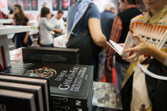 Buchmesse und -leute Lizenzfreie Stockfotos