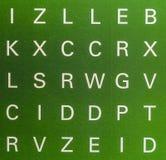 Buchstaben an der Wand Stockfotos