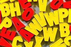 Buchstaben für das Unterrichten Kind-kyrillisch oder lateinisch lizenzfreies stockbild
