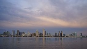 Bucht-Dämmerung Sans Diego Downtown City Skyline Coronado stock video footage