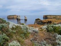 Bucht des Inselküstenparks an der australischen großen Ozeanstraße Stockfotos