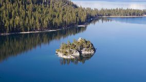 Bucht des Lake Tahoe stock video