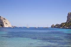 Bucht Sormiou im Calanques nahe Marseille in Süd-Frankreich Lizenzfreie Stockbilder