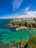 Bucht und Hafen von Portisaac, Cornwall, Großbritannien Lizenzfreie Stockfotos