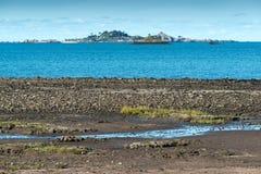 Bucht von Beauport bei Ebbe (Frankreich) Stockbild
