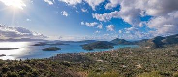 Bucht von Nidri in Lefkas-Insel stockfotografie