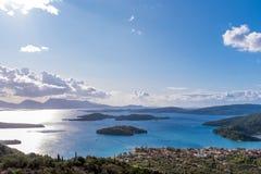 Bucht von Nidri in Lefkas-Insel lizenzfreie stockfotografie