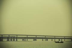 Buchtbrücke stockfoto