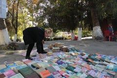 Buchverkäufer in Osh Lizenzfreies Stockbild