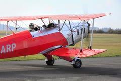 Bucker 131 Jungmann che prepara decollare, il 23 ottobre 2010 nell'aeroporto di Pribram, la repubblica Ceca Fotografie Stock Libere da Diritti