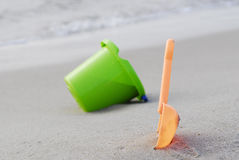 Free Bucket And Scoop Royalty Free Stock Photo - 2932875
