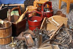 Bucket and other things for sale in the flea market Royalty Free Stock Photos