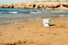 Bucket in the Summer Royalty Free Stock Photos