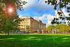 buckingham伦敦宫殿 免版税库存照片