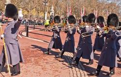 buckingham更改的卫兵宫殿 免版税库存图片