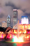 Buckingham Fountain and urban city skyline Royalty Free Stock Images