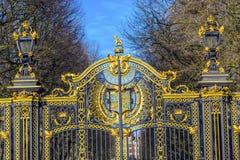 Buckingham Palace d'or Londres Angleterre de porte de Maroto de Canada image stock