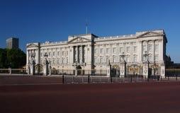 Buckingham Palace em Londres Imagens de Stock Royalty Free