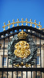 Buckingham Palace Gold Shield Royalty Free Stock Photography