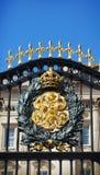 Buckingham Palace Gouden Schild Royalty-vrije Stock Fotografie