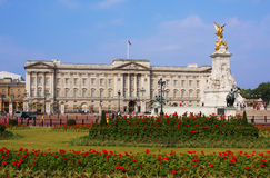 Buckingham Palace in Londen Stock Afbeeldingen