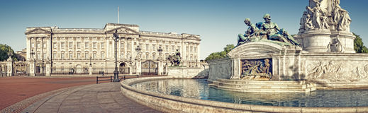 Buckingham Palace, London. Panoramic picture of Buckingham Palace and Victoria Memorial, London. ( outside Buckingham Palace Stock Photo
