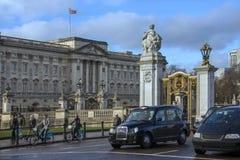 Buckingham Palace Londyn, Anglia - Zdjęcie Stock