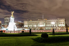 Buckingham Palace in the night, London Royalty Free Stock Photos