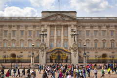Buckingham Palace the official residence of Queen Elizabeth II and one of the major tourist destination Stock Photos