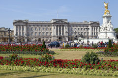 Buckingham Palace and Victoria Memorial Royalty Free Stock Image