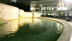 Buckingham-Palast nachts, London stock video