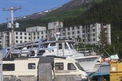 Buckner byggnad i Whittier, Alaska Royaltyfri Fotografi