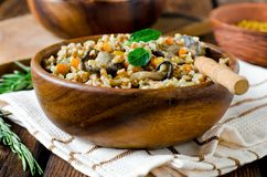 Buckwheat stewed with mushrooms Royalty Free Stock Images