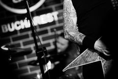 Bucovina, das in Hard Rock Cafe Bukarest spielt Lizenzfreie Stockbilder