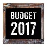 2017 budżetów słowo na chalkboard odizolowywającym na białym tle Fotografia Royalty Free