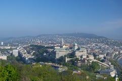 Buda全景从Gellert小山的在布达佩斯,匈牙利 库存照片