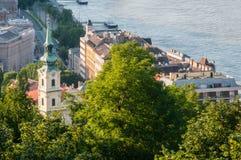 Buda堤防,布达佩斯,匈牙利 免版税图库摄影