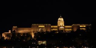 buda布达佩斯城堡晚上 免版税库存图片