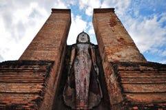 Buda bonita no templo Ayutthaya Tailândia fotografia de stock