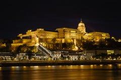 Buda Castle τη νύχτα Στοκ Εικόνες